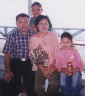 tinjau's family